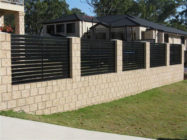 Perfect Horizontal Slat Fence Panels minimum gap - Brisbane Gates BD84