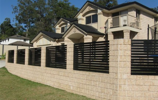 Horizontal Slat Fence Panels small gap
