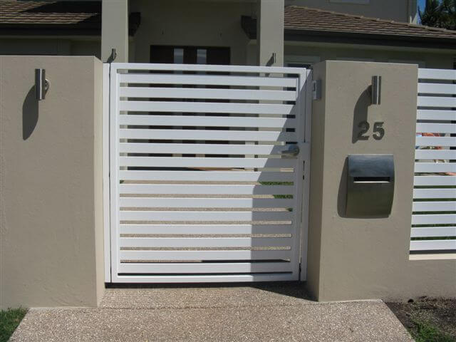 Horizontal Slat Pedestrian Gate With Lever Handle